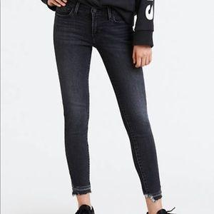 NWT Levi's 710 Super Skinny Jeans